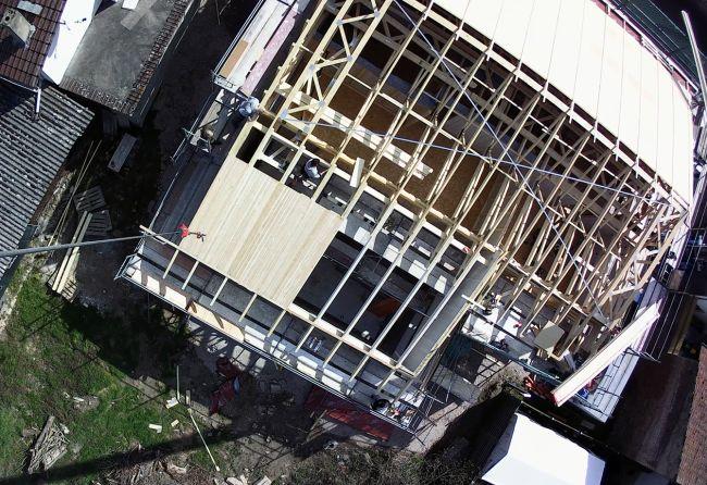 Haus mit Bindern und Platten